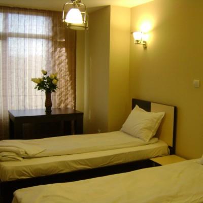 Hotel-Babilon-Camera cu 2 paturi