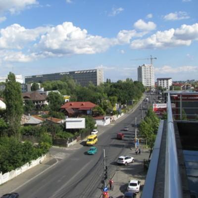 Hotel-Babilon-terasa cu vedere catre Spitalul Fundeni